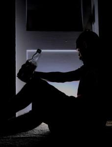 alkohol-pitje-pixabay