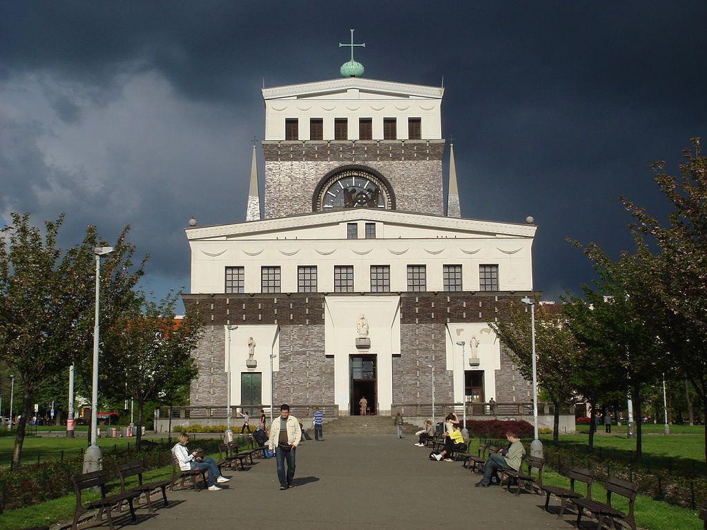 Jože Plečnik - Cerkev Srca Jezusovega v Pragi