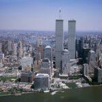Porušenje WTC-ja je ena izmed najbolj znanih teorij zarote