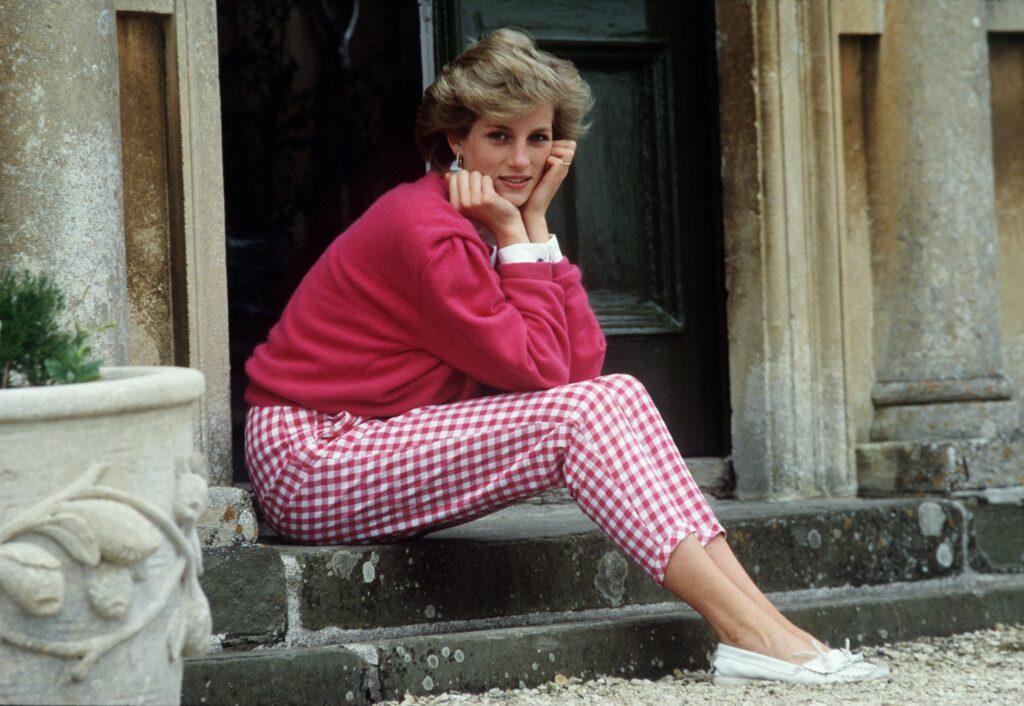 Smrt valižanske princese Diane še vedno buri duhove in ostaja teorija zarote